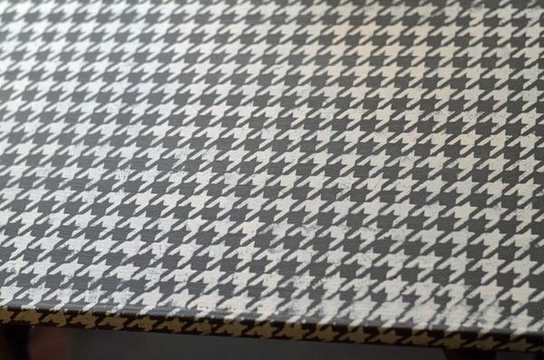 painted_table_top_createandbabble.com