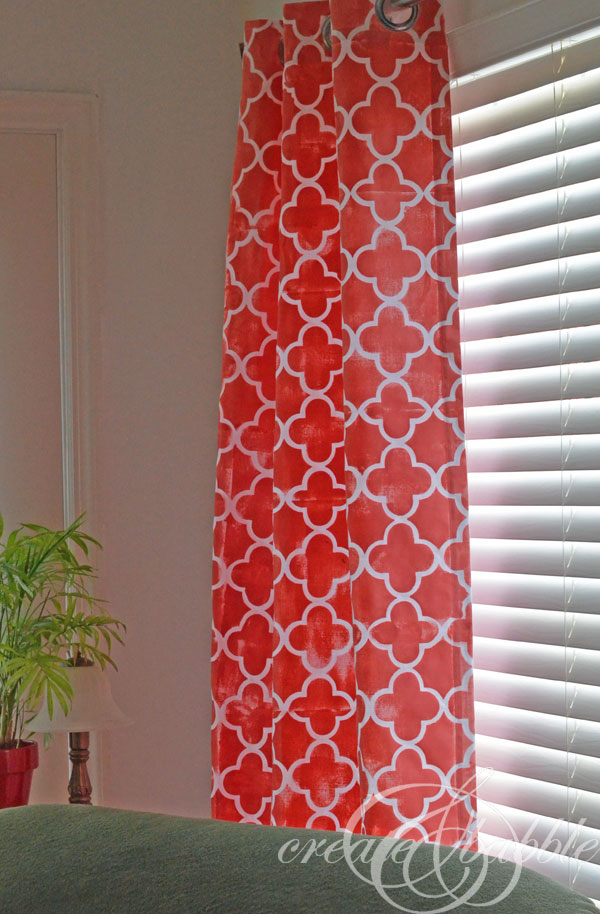 diy_stenciled_curtains_createandbabble.com
