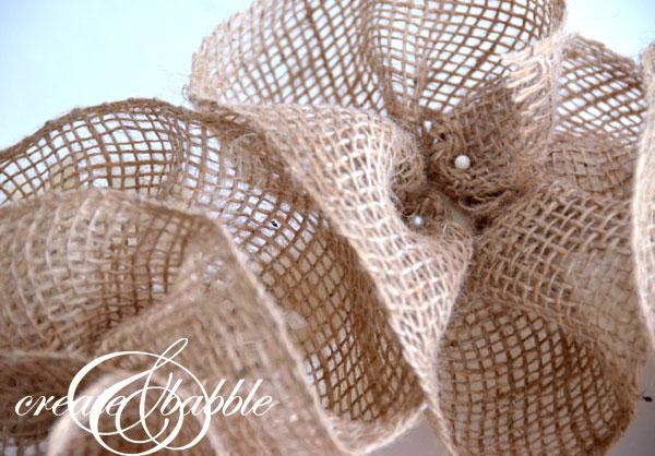 burlap-ribbon-flower-wreath-createandbabble