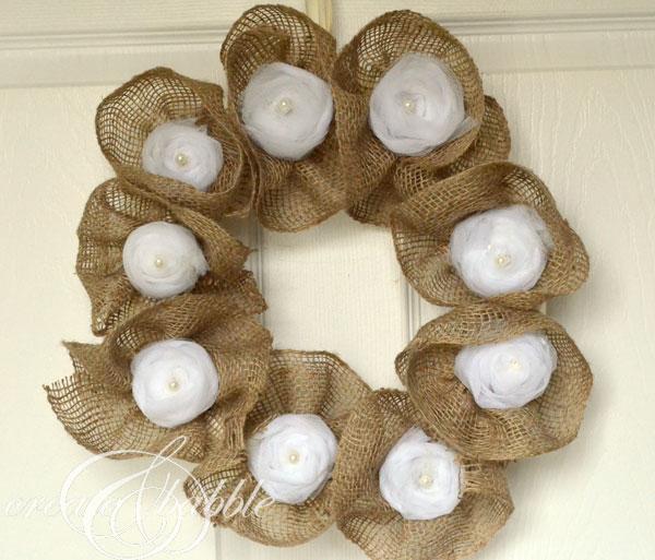 burlap-and-tulle-wreath-createandbabble