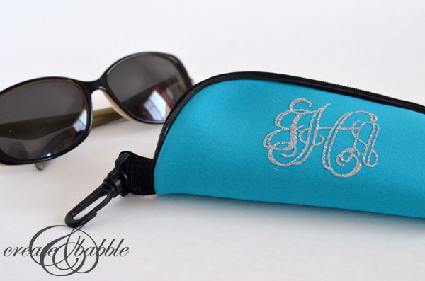 DIY Monogrammed Eyeglass Case_createandbabble.com