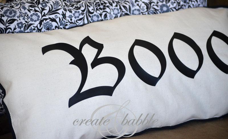 pillow for halloween_createandbabble.com