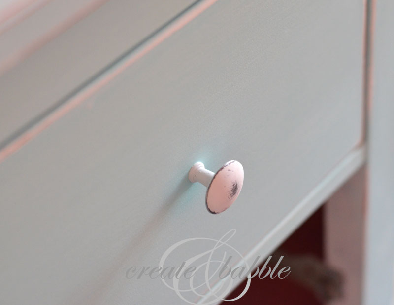 idea hack chest painted drawer knob_createandbabble.com