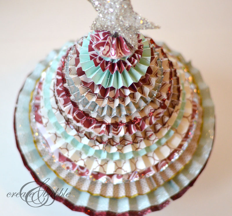 paper medallion christmas tree_createandbabble.com
