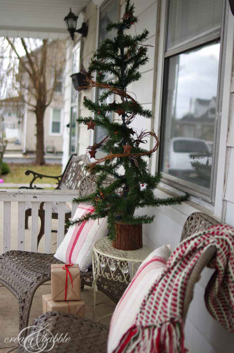 front porch christmas decor by createandbabble-7.com