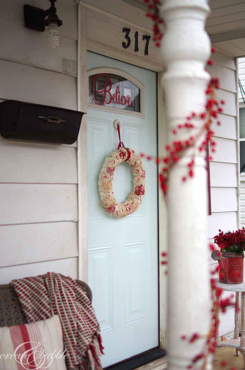 front porch christmas decor by createandbabble-5.com
