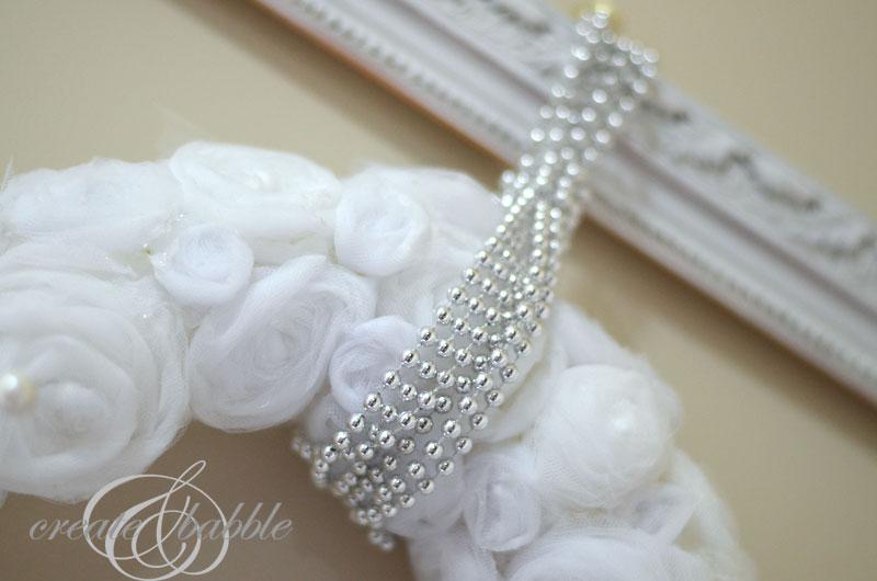 white-tulle-wreath-2_createandbabble