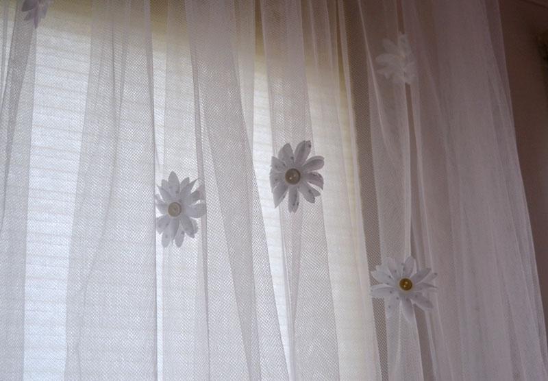 fabric flowers by createandbabble.com