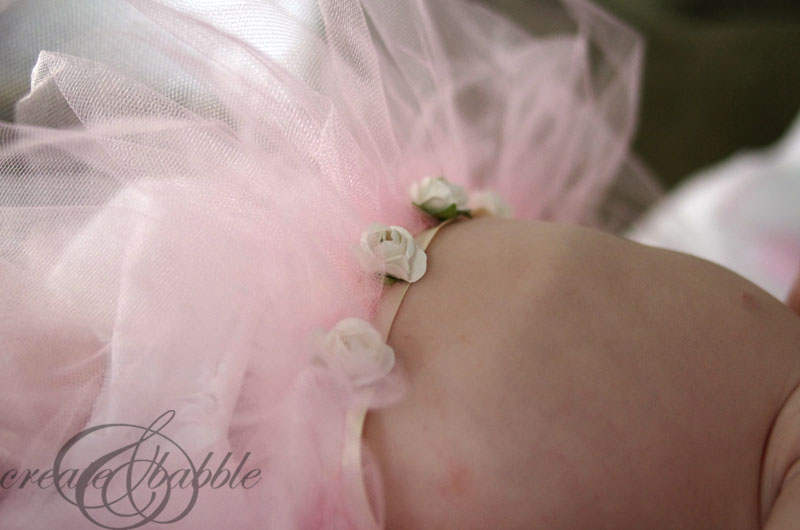 Baby Girl Tutu And Barefoot Sandals Tutorial