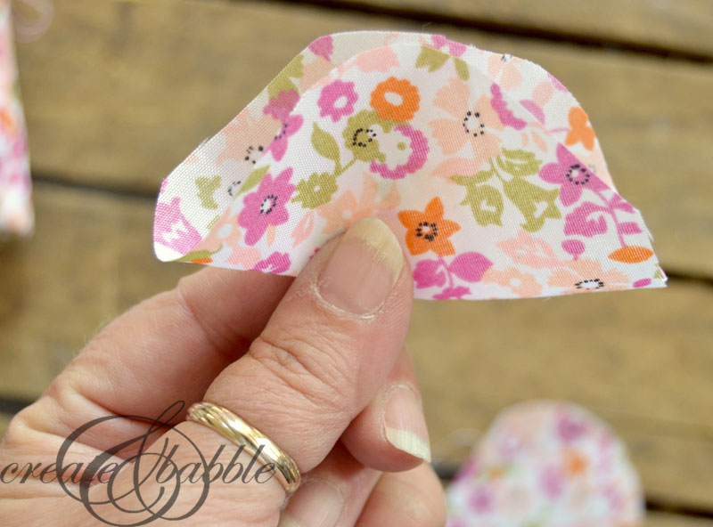 fabric-flower-baby-headband-createandbabble.com