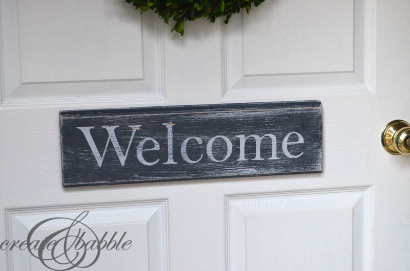 Awesome Diy Distressed Wood Sign