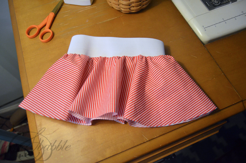 Christmas-circle-skirt-for-baby