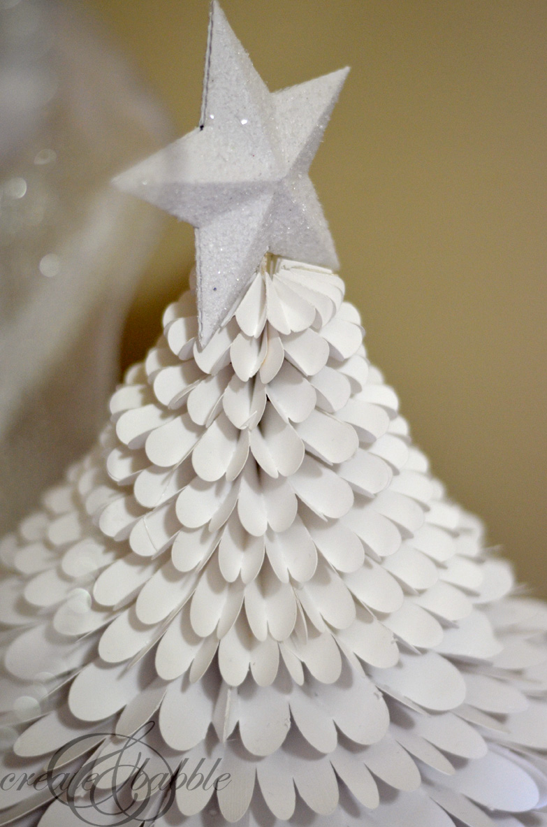 white-paper-medallion-christmas-tree-createandbabble.com