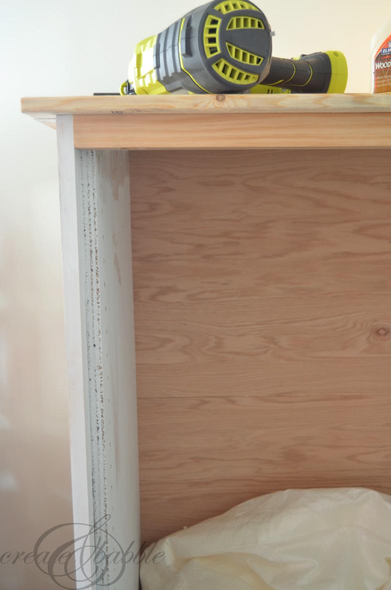 building-armoire