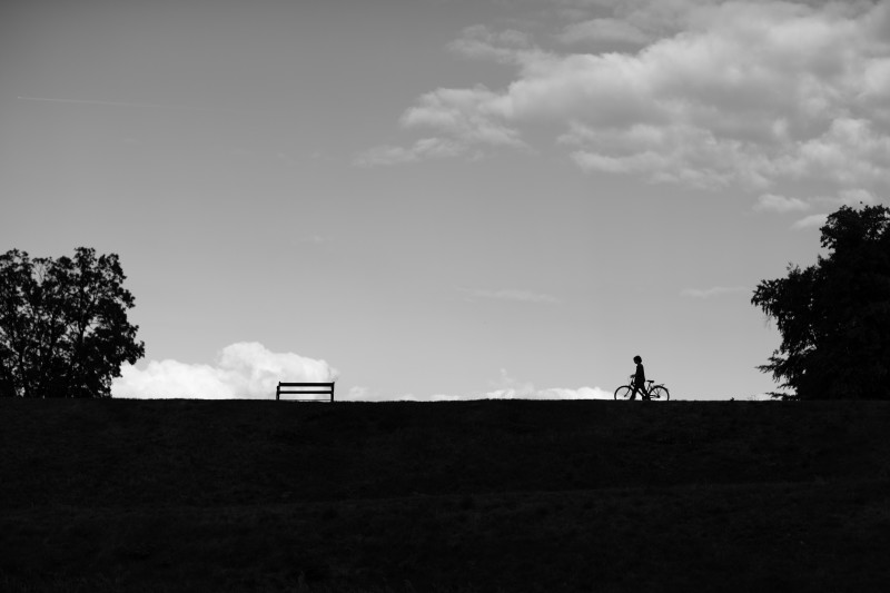 2015-04-Life-of-Pix-free-stock-photos-landscape-Boy-bike-sky-Andreas-Winter