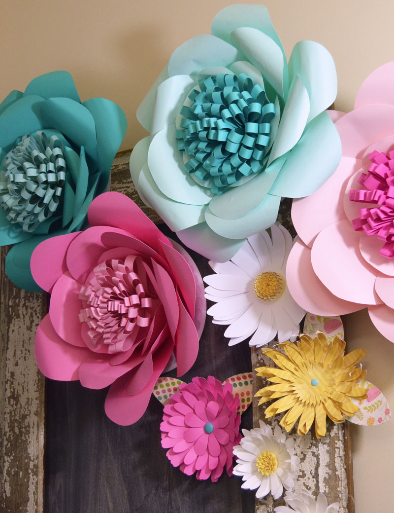 How to make huge paper flowers diy extra large paper flowers mightylinksfo