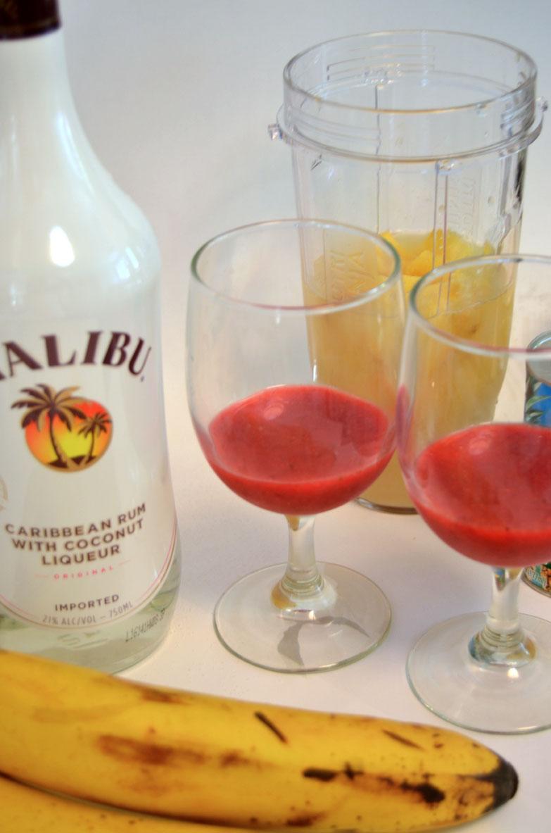 blend ingredients for making pina coladas