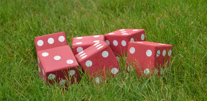 how to make lawn dice