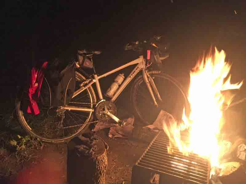 campfire-not-burning-my-bike