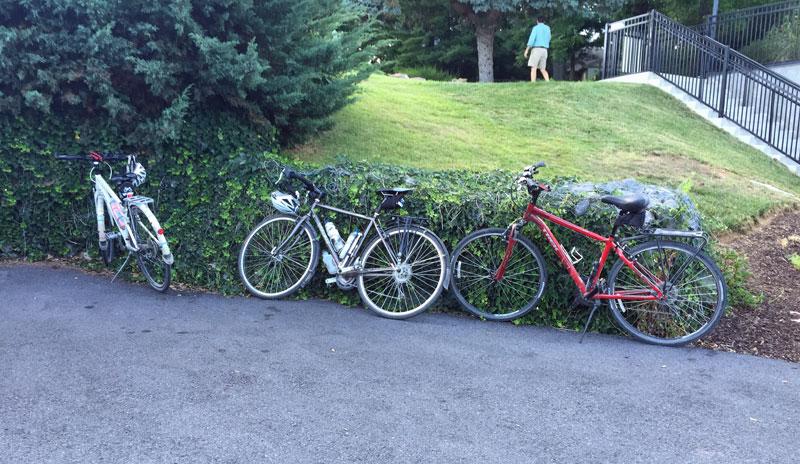 parked-bikes