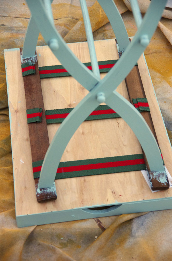 attach-table-top-with-hook-and-loop-strips