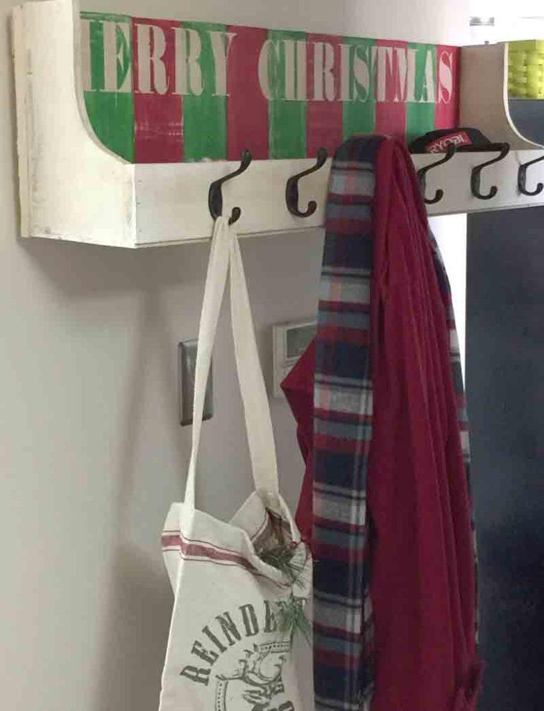 finished-coat-rack