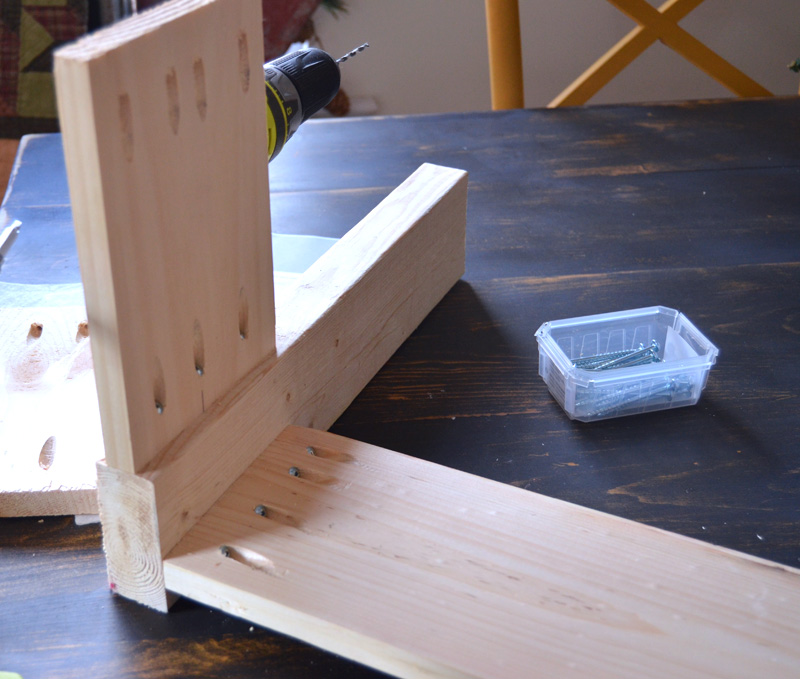 the front and back were put together with pocket screws for DIY Entryway Bench