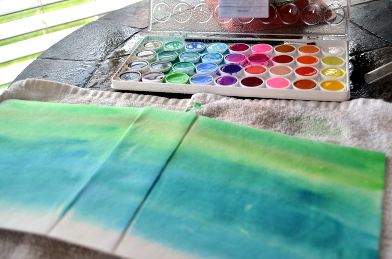 use-water-colors-to-create-an-ombre-effect-on-cover
