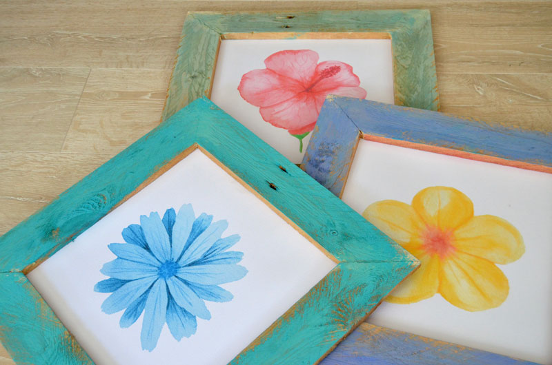 DIY-Pallet-Wood-Framed-Watercolor-Flower-Prints-4