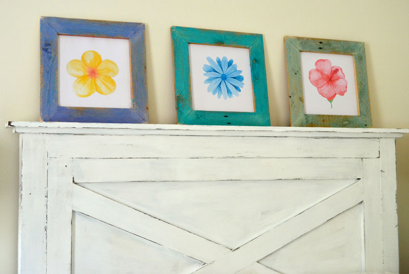 DIY-Pallet-Wood-Framed-Watercolor-Flower-Prints