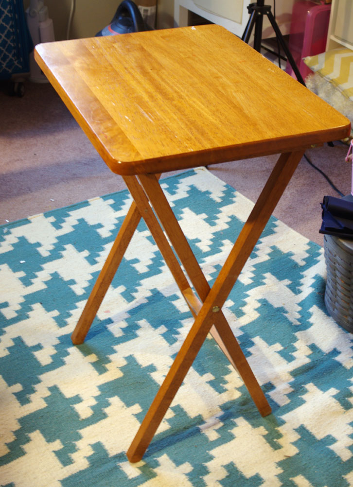 DIY Small Pressing Table