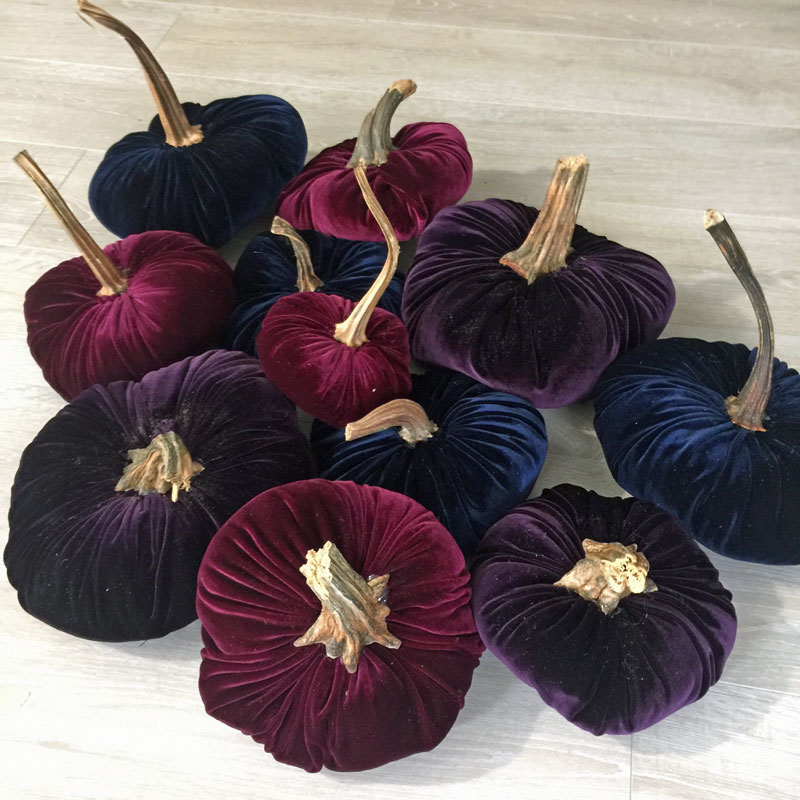 How to make velvet pumpkins with velour clothing from thrift store