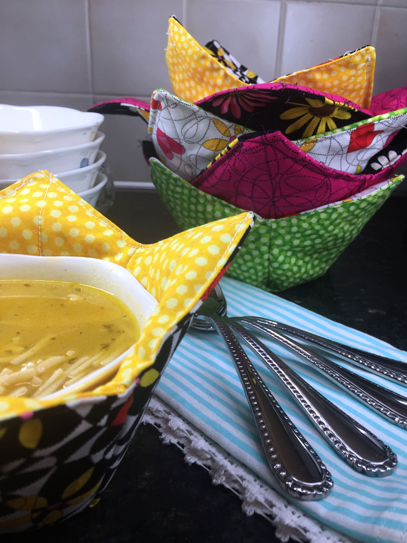 How to Make a Microwaveable Soup Bowl Pot Holder