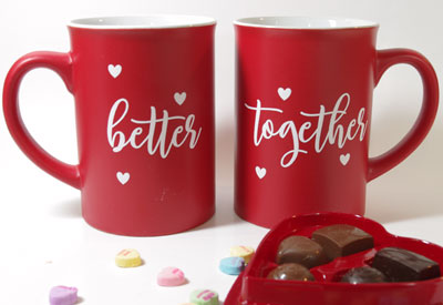 How to Decorate Mugs with Iron-On Vinyl and Cricut