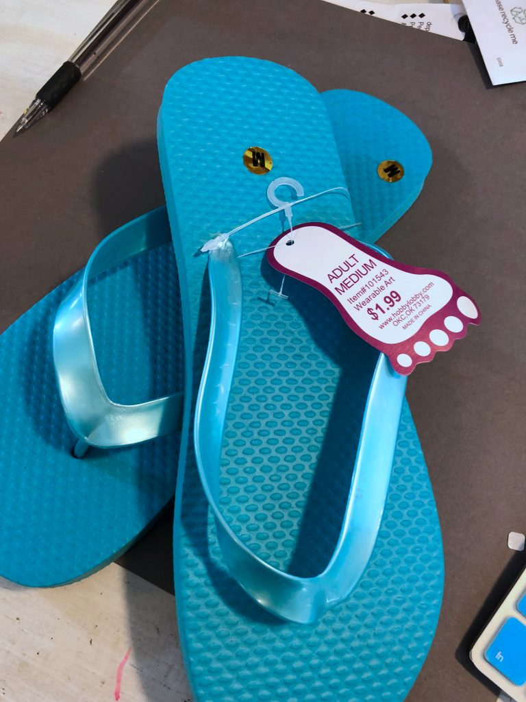 How to Apply iron-on vinyl to flip-flops