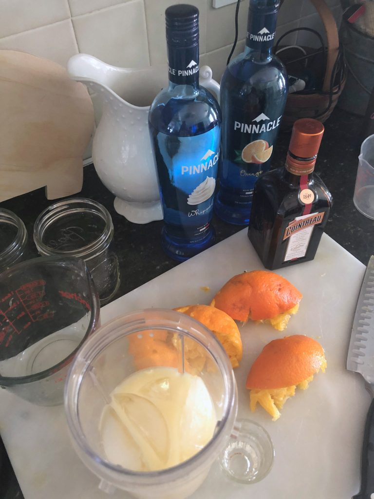 How to make orange dreamsicle cocktails