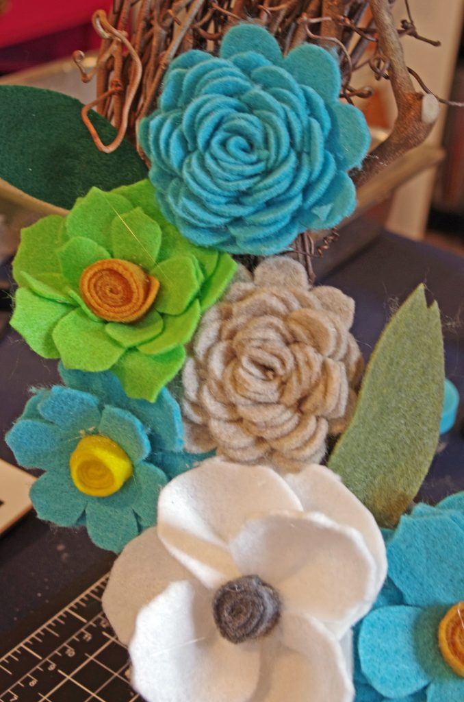 Felt Flowers Create and Babble