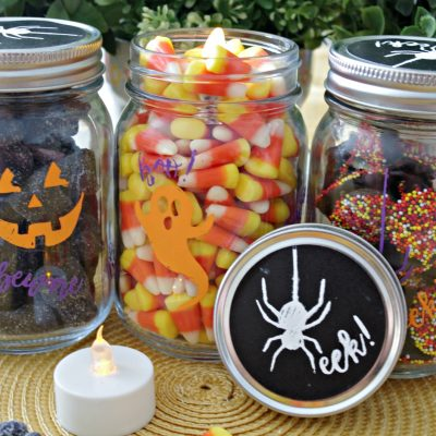 Easy Halloween Mason Jars Made Using Chalk Couture