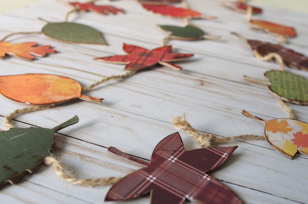 Cricut Chipboard Leaf Garland Tutorial