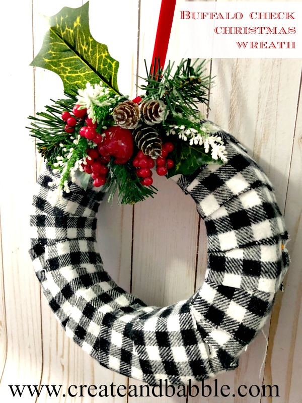 Easy to Make Buffalo Check Christmas Wreath