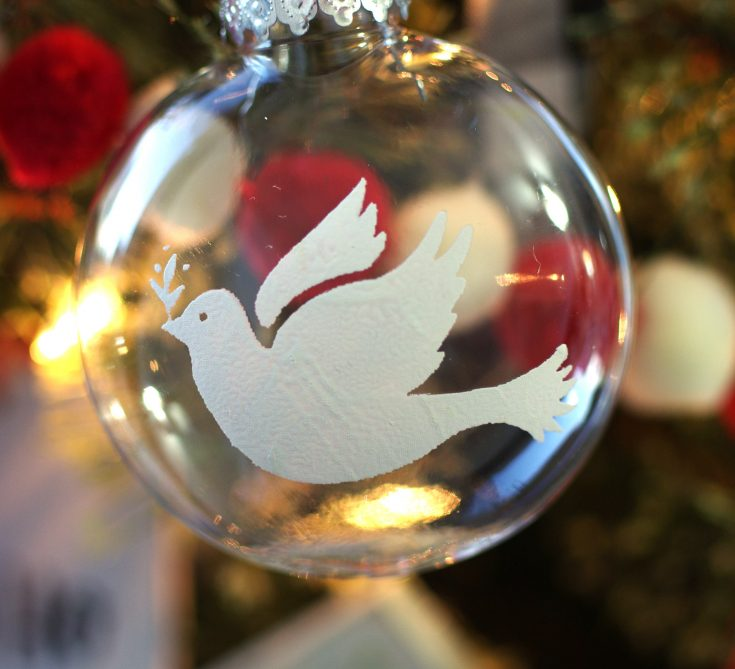 How to Make Christmas Ornaments with Chalk Couture