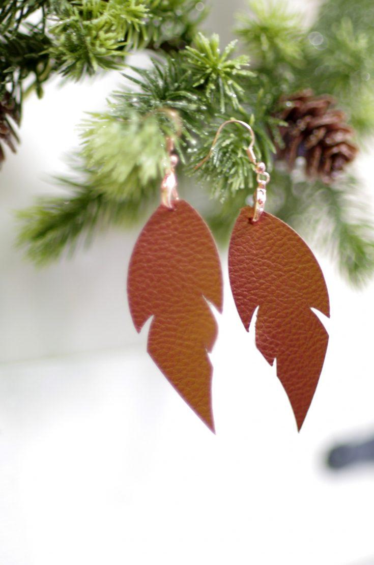Cricut Made Gift Idea: Faux Leather Earrings