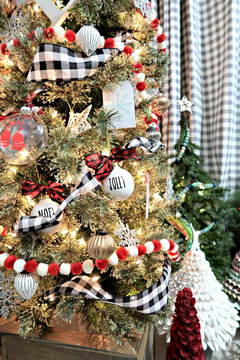 The Perfect Christmas Tree For A Small Space Create And Babble