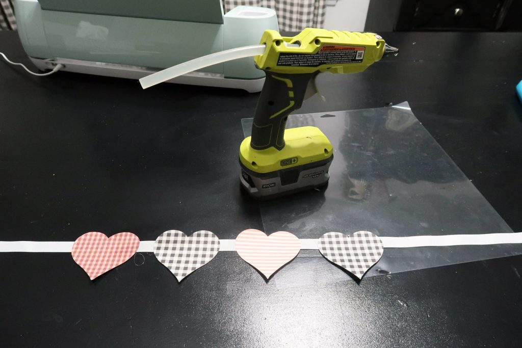 How to assemble Print Then Cut Patterned Paper Heart Banner made with Cricut