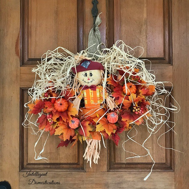 Scarecrow Fall Wreath Tutorial