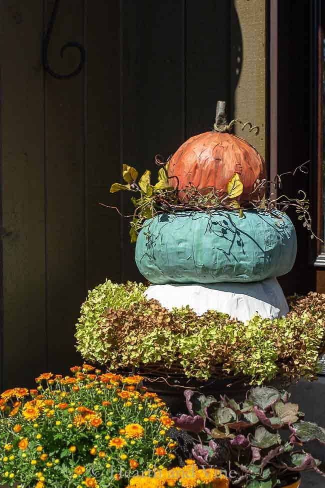 Pumpkin Topiary - Large Heirloom Pumpkins Made Easy with Paper Mache