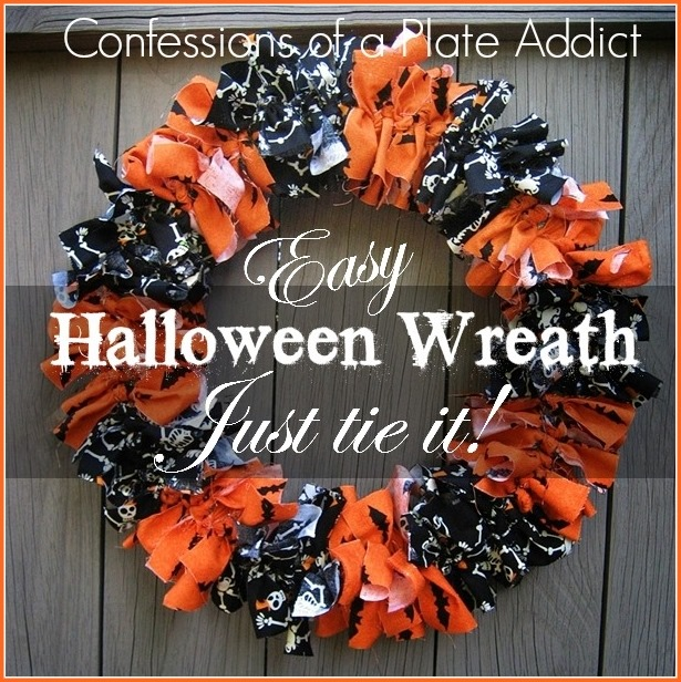 Easy Halloween Fabric Wreath...Just Tie It!