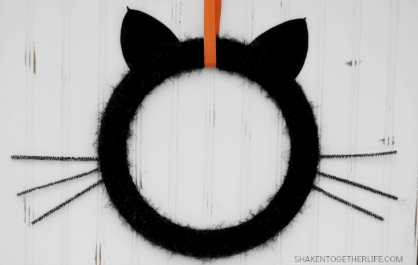 Black Cat Wreath & Halloween Wreath Hop