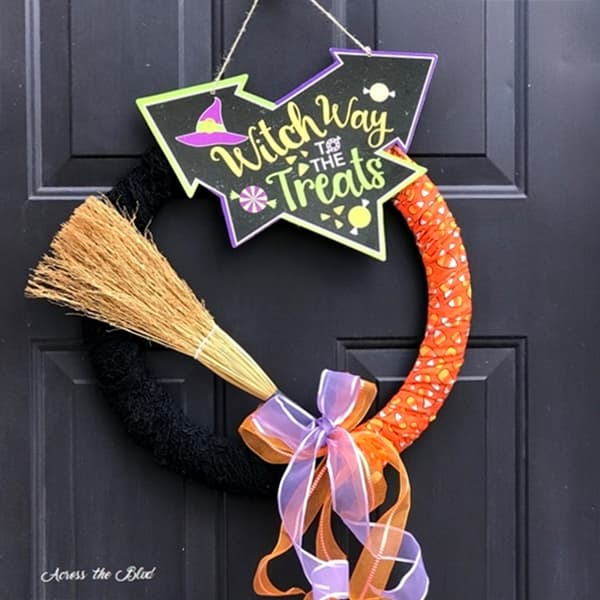 Easy & Budget Friendly Halloween Wreath