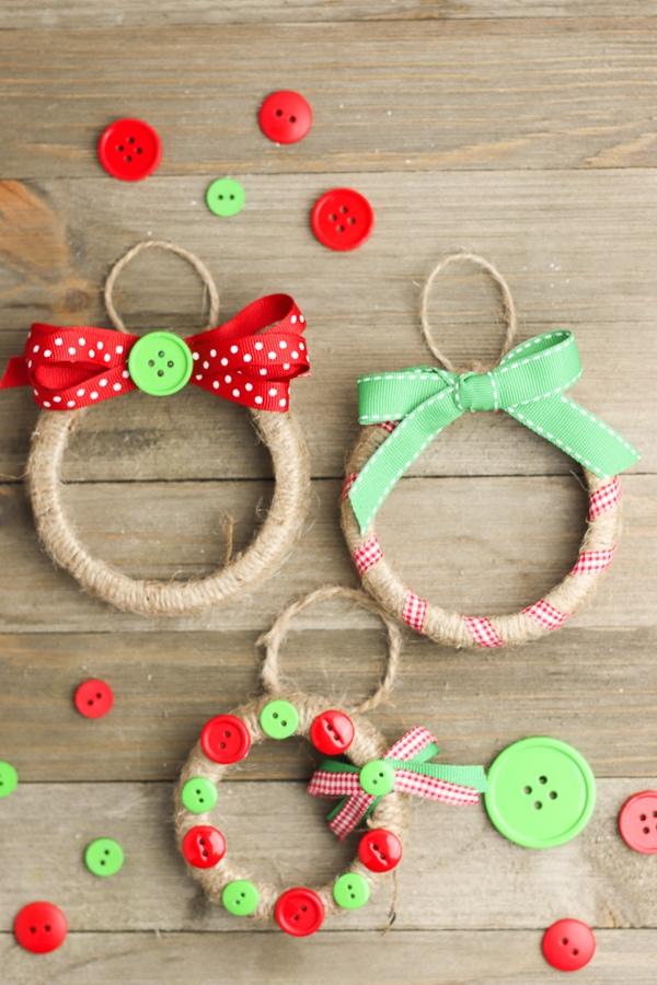 Adorable DIY Christmas Ornaments made with Mason Jar Lids